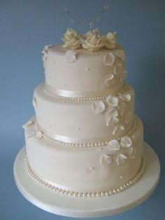 pearl wedding cake - Bing Images