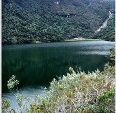 Parque Sierra Nevada , Venezuela Edo. Mérida . Esta ubicado entre los Estados Mérida y Barinas , creado para proteger la Sierra Nevada de Mérida dentro de la cordillera Andina