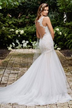 Mermaid Styled White Embroidered And Lacy Wedding Gown