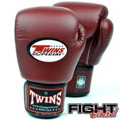 8f1aa999445 De 20 beste afbeelding van Fightwear - Boxing gloves, Muay Thai en ...