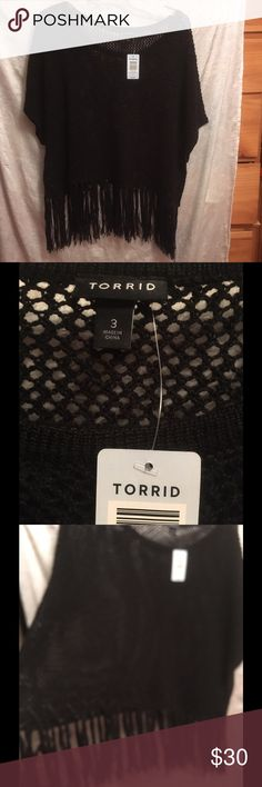 NWT Torrid sz. 3 black top 👛😊💋💄💅🏼👗 This is so adorable from TORRID size 3. Black Open Stitch Fringed poncho/ top. NWT this is so adorable and will look so cute over a tank or a turtle 🐢 neck. Add your favorite pair of leggings and you are set. torrid Sweaters Shrugs & Ponchos