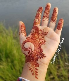 Henna Hand Designs, Modern Henna Designs, Mehndi Designs Finger, Floral Henna Designs, Simple Arabic Mehndi Designs, Legs Mehndi Design, Mehndi Designs For Girls, Mehndi Designs For Beginners, Mehndi Designs 2018