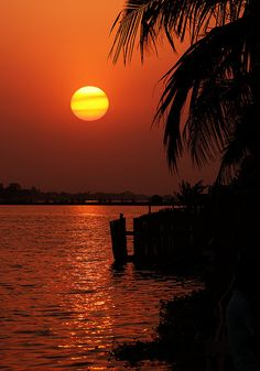 Sunset in Lomé, Togo by Dietmar Temps, via Flickr