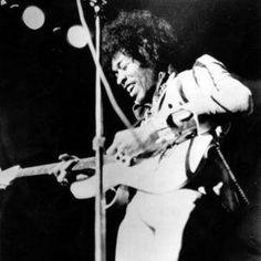 Música inédita de Jimi Hendrix é lançada após mais de 40 anos!