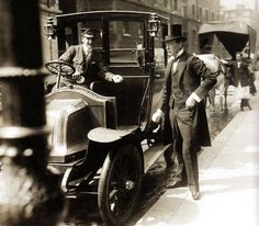 Winston Churchill pays off a taxi - London - 1908