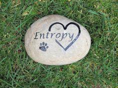Personalized Pet Memorial Stone with Interlocking Heart w/ Paw Print Headstone Gravestone 7-8 inch Memorial Headstone Grave Marker Pet Stone #cat_memorials #dog_memorials #grave_marker