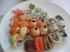 my review for foodblog cape town | sevruga V&a Waterfront, Waterfront Restaurant, Sushi Platter, Cape Town, Restaurants, Yummy Food, My Favorite Things, Ethnic Recipes, Sushi Plate