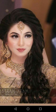 Ideas bridal pakistani makeup india for 2019 Ideen braut pakistanischen Make-up Indien Bridal Makeup Pictures, Bridal Makeup Tips, Bridal Makeup Looks, Bride Makeup, Hair Makeup, Pakistani Bridal Hairstyles, Indian Hairstyles, Bride Hairstyles, Pakistani Hair Style