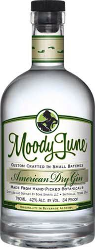 Moody June Gin: made in Smithville, Texas by Bone Spirits Distillery, just outside of Austin. Second to Bombay Sapphire, this is my favorite. Champagne Drinks, Cocktails, Gins Of The World, Premium Gin, Gin Tasting, Spirit Drink, Gin Brands, Gin Lovers, Geneva