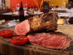 Affamato di asado fumante che abbia il sapore vero della brace argentina? Ecco i ristoranti migliori di Milano dove gustarlo con MiSiedo!