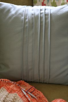 Pintuck Pillow Tutorial