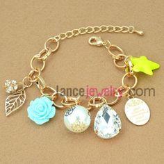 Blue flower decoration alloy chain link bracelet