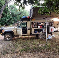 Toyota LandCruiser 79 series truck
