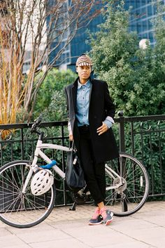 Sport chic sneakers outfit ideas for 2019 Vanessa Jackman, Cycle Chic, Tomboys, Bike Style, Sport Chic, Sporty Look, Sport Fashion, Fashion Models, Style Fashion