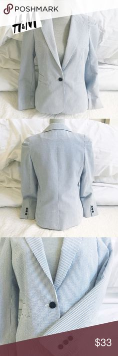 H&M Seersucker Blazer Seersucker blazer in blue and white w/ navy buttons. Barely worn... Excellent condition! Shell: 85% Cotton 15% Polyester. Lining: 100% Polyester. Not true to size. Tag says size 12, but it runs much smaller... feels like a Med/L. (Added M to size description so potential buyers can find it via search.)✌🏻 H&M Jackets & Coats Blazers