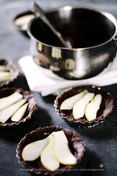 chocolate with pears