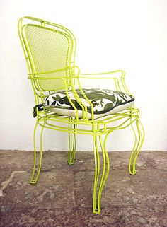 Bring the outdoors in with this lime green chair. Would look great in the dining room, or used as an occasional chair.