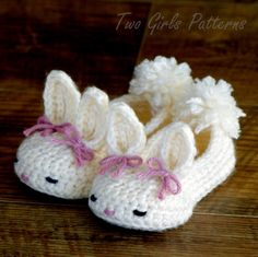 Crochet patterns baby booties Bunny House by TwoGirlsPatterns.