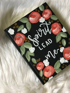 Diy Cards Discover Mary - Theme / The Holy Bible / Bible / Floral Bible / Journaling Bible / painted bible / custom bible / Handpainted Bible / Scripture Art, Bible Art, Holy Bible Book, Painted Books, Hand Painted, Cute Canvas Paintings, Canvas Painting Quotes, Cute Bibles, Bible Covers