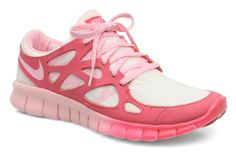 Pink running shoes, super cute and great for performance | Nike Free Run @Sarenza.co.uk