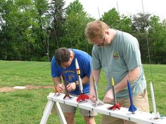 Make the cub scout rocket derby a blast. Educational Technology, Science And Technology, Rocket Kits, Rocket Launch, 6th Grade Science, Launch Pad, Model Hobbies, Science Kits, School Boy