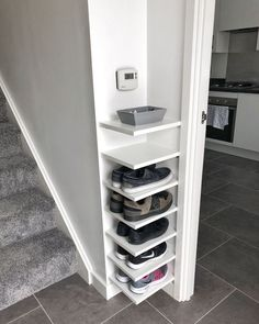 Bedroom Storage Ideas For Clothes, Bedroom Storage For Small Rooms, Small Space Bedroom, Laundry Room Storage, Diy Storage, Kitchen Storage, Small Spaces, Storage Hacks, Shoe Storage