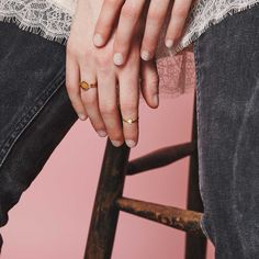 A modern and classic ring with a clean and minimal design by Mei-Li Rose — Minimalistic jewellery from Waremakers.