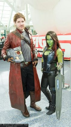 Gamora and Starlord cosplay