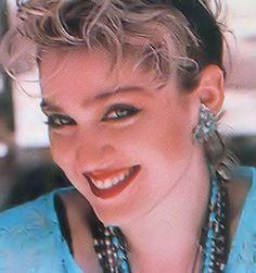 Madonna Madonna Rare, Madonna 80s, Mtv, Madonna Looks, Divas, Best Female Artists, Madonna Fashion, 80s Trends, Harley Quinn Drawing