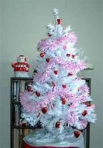 73 Best Valentine S Day Tree S Images On Pinterest Christmas Tree