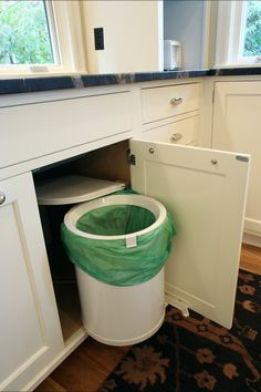 Looking for Surprising Designer Garbage Cans for Your Cabinet Sets?