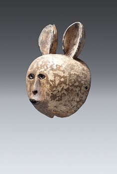 Mask (hare), Makonde Wood, pigment, paint, 23.5cm Private Collection - QCC Art Gallery