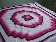 Delicadezas en crochet Gabriela: Mantas