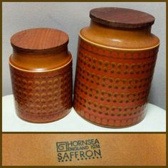 #midcentury #midcenturymodern #hornsea #hornseapottery #ceramic #kitchen #canisters with wooden lids from 1974.  #1970s #70s #kitchen #storage #nomoreplastic #vintagedecor #retrodecor #retrokitchen #vintagekitchen #kitchenware #mod #pottery #niagarafleamarket #stcatharines