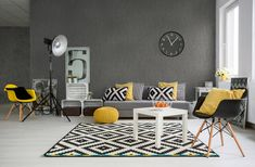 Spacious classic living room in black and white. Interior designed with style Grey And Yellow Living Room, Living Room Red, Living Room Sofa, Living Room Decor, Grey Yellow, Living Walls, White White, Interior Design Degree, Best Interior Design