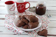 biscottini a cuore con frolla al cacao