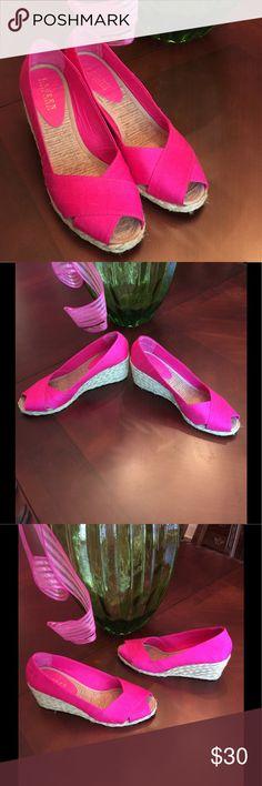 LAUREN RALPH LAUREN WEDGES nwot LAUREN RALPH LAUREN WEDGES Beautiful and brand new.   Size 8 Lauren Ralph Lauren Shoes Wedges