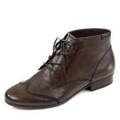 Touch it - neue Sohlentechnologie. Beim ersten Anprobieren kann es sein, dass Ihnen der Schuh enger vorkommt, als gewöhnlich. Nach einer kurzen Einlaufphase hat sich die 'Touch it'-Sohle aber an Ihren Fuß angepasst und der Schuh sitzt jetzt einfach perfekt! Aus hochwertigem Glattleder mit modisch gesetzten Ziernähten, stilvolle Schnürung für perfekten Halt und leichten Einstieg, dezente Laufsoh...