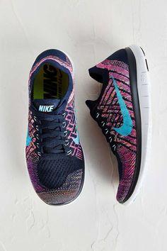 Nike Womens Free 4.0 Flyknit Running Sneaker - Urban Outfitters