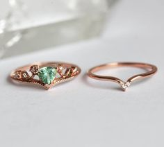 A special one of a kind vintage Tourmaline ring set. Princess Cut Engagement Rings, Designer Engagement Rings, Engagement Ring Settings, Vintage Engagement Rings, Diamond Engagement Rings, Rose Gold Ring Set, Tourmaline Ring, Green Tourmaline, Just In Case