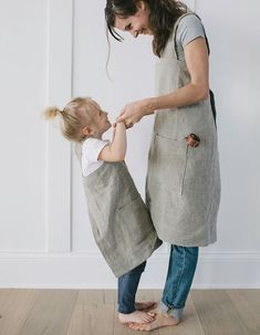 Kids Clothes Stores Near Me Refferal: 1328188497 Toddler Fashion, Kids Fashion, Old Fashioned Boy Names, Shoe Size Chart Kids, Japanese Apron, Kids Apron, Fashion Over 50, Mommy And Me, Jeans Style