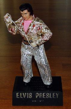Vintage Elvis Presley Novelty Transistor Radio, AM Band, Made In Hong Kong.