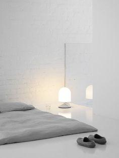 Белоснежная спальня минималистском стиле