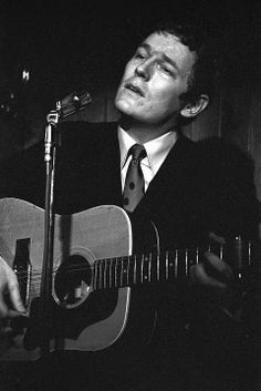 Gordon Lighfoot performs the first of a month long set at the Riverboat Coffee House January 4, 1967. Photo courtesy York University Libraries, Clara Thomas Archives  Special Collections, Toronto Telegram