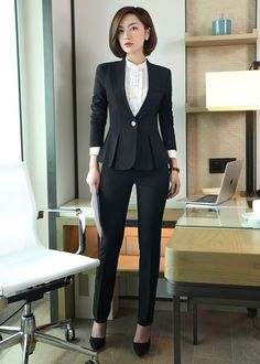 Modest Casual Outfits, Stylish Work Outfits, Office Outfits, Classy Outfits, Workwear Fashion, Blazer Fashion, Suit Fashion, Work Fashion, Fashion Outfits