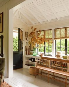 English Cottage Meets California Cool in a Mill Valley Home – Countryside house Home Design, Design Ideas, Design Concepts, Design Trends, Cottages Anglais, Sweet Home, California Style, Northern California, Dream Homes