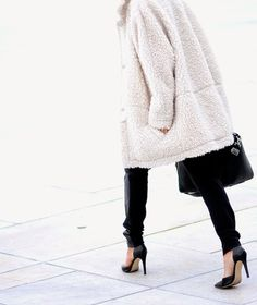 HIPPIE, HIPPIE - MILKSHAKE!: THE PERFECT TEDDY COAT http://FashionCognoscente.blogspot.com