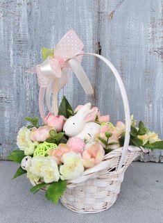 Easter Flower Arrangements, Easter Flowers, Floral Arrangements, Easter Centerpiece, Cute Easter Pictures, Easter 2014, Easter Table Settings, Easter Baskets, Easter Crafts