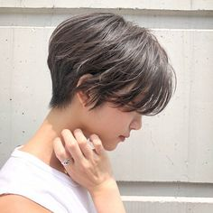 Pin on 髪型 Girl Short Hair, Short Curly Hair, Short Hair Cuts, Curly Hair Styles, Cut My Hair, Love Hair, Korean Short Hair, Japanese Short Hair, Tomboy Hairstyles