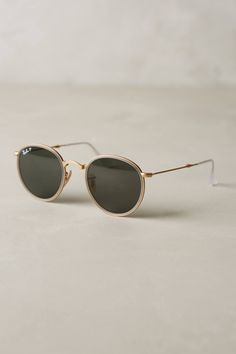 Shop the Ray-Ban Round Folding Classic Sunglasses and more Anthropologie at Anthropologie today. Read customer reviews, discover product details and more.